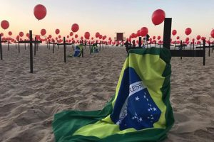 Brasil supera 100 mil mortes pela Covid-19, segundo veículos de imprensa