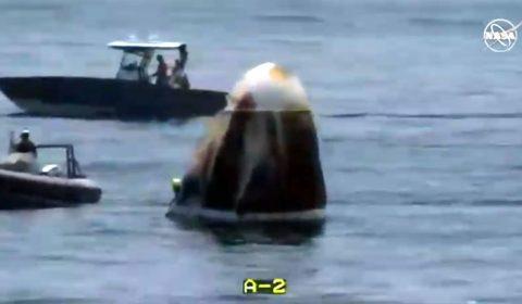 Cápsula da SpaceX com astronautas pousa no Golfo do México após dois meses no espaço