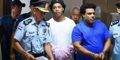 Ronaldinho Gaúcho e irmão podem deixar a prisão no Paraguai no próximo dia 24