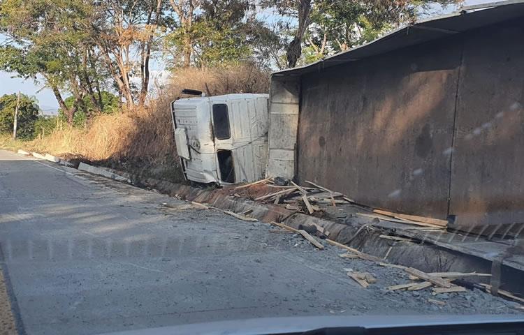 Acidentes com alguns feridos e danos materiais em Juazeiro, Crato e Mauriti