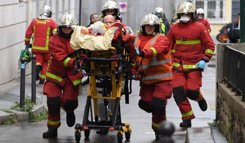 Ataque com faca deixa quatro feridos em Paris
