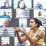Jogadora de vôlei de praia, Carol Solberg é denunciada ao STJD por protesto contra Bolsonaro