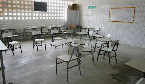 Aulas presenciais da rede estadual do Ceará não voltam no dia 1º de outubro