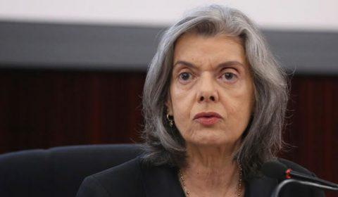 Nove autoridades já contraíram Covid após cerimônia de posse de Fux
