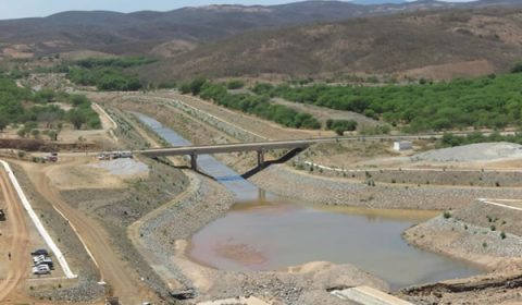 Após rompimento de barragem, águas do 'Velho Chico' voltam a correr pelo Eixo Norte da transposição