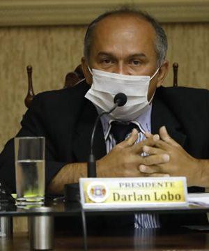 Darlan Lobo afirma que diretor do Demutran está prevaricando; Cipriano nega acusação