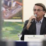 """""""Toda e qualquer vacina está descartada"""", afirma Bolsonaro"""