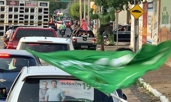 Carreata da vitória pede que Glêdson Bezerra seja reconhecido prefeito eleito de Juazeiro do Norte