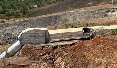 Erro de empresa em montagem de válvulas causou vazamento na barragem de Jati