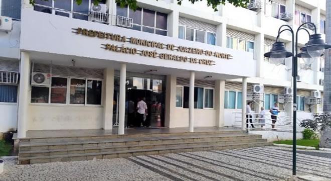 Pagamento de 13º de servidores injeta R$ 11,3 milhões na economia de Juazeiro