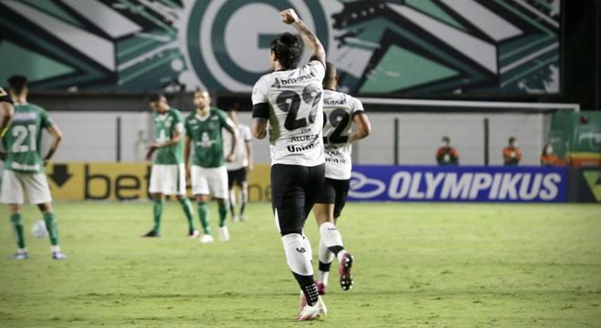 Ceará goleia Goiás, praticamente sela presença na Série A 2021 e fica a três pontos do G-8