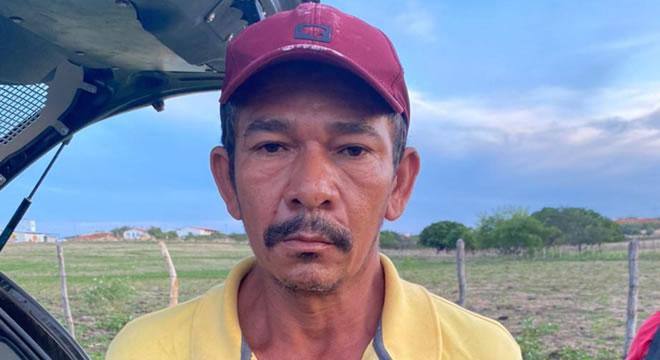 Polícia Civil de Iguatu prende homem acusado de matar outro a pauladas, em Quixelô