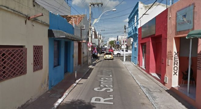 Trio é preso no centro de Juazeiro assaltando numa moto