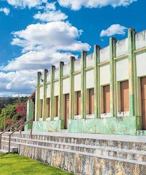 Ausência de políticas de preservação ameaça casarões históricos no Cariri