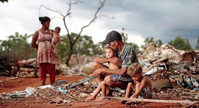 27 milhões de brasileiros vivem com R$ 8,20 por dia e atingem nível de pobreza extrema em janeiro