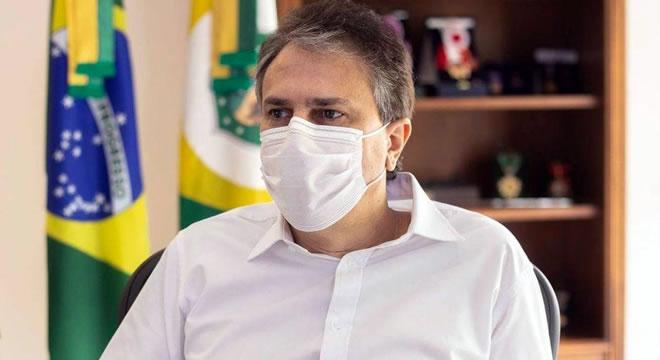 Lote de vacinas para o Ceará será liberado nesta segunda (18), diz Camilo Santana