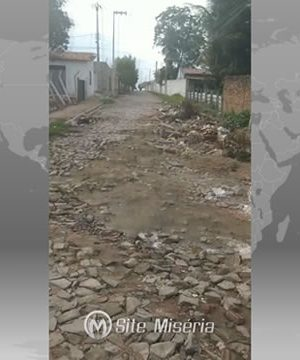 Morador do Bairro Leandro Bezerra reclama de problemas de infraestrutura