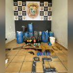 Polícia Civil apreende armas, munições e combustível clandestino, em Icó