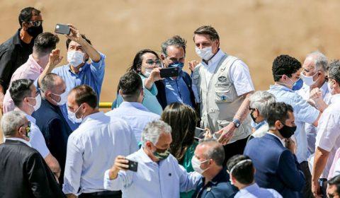 Ainda sem confirmação oficial, preparativos para vinda de Bolsonaro já começaram no Ceará