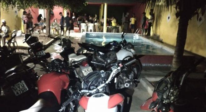 Polícia Militar encerra evento em chácara alugada no município de Icó