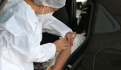 Com chegada de novas doses, média de vacinados no Ceará sobe de 8 mil para 10 mil por dia
