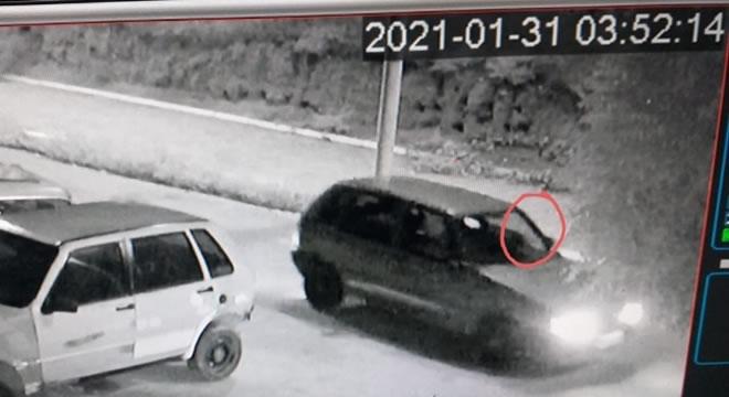 Polícia Civil apreende carro usado em homicídio e identifica suspeitos, em Iguatu