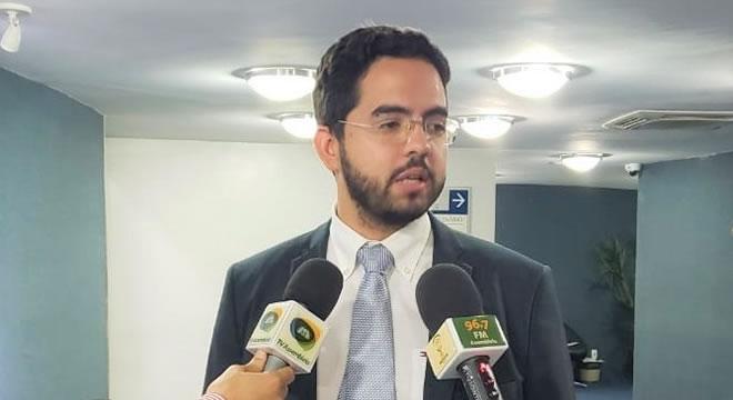 Deputado Davi de Raimundão quer ensino como atividade essencial