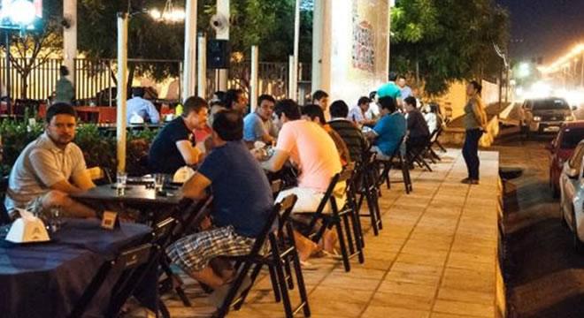 Alvarás de bares e restaurantes de Juazeiro do Norte podem ser suspensos; entenda