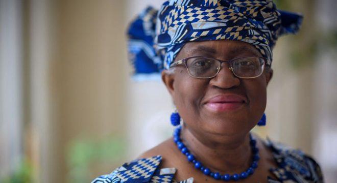 Economista nigeriana se torna a primeira mulher a chefiar o comércio mundial