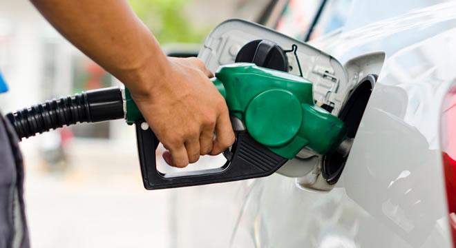 Preço da gasolina em Juazeiro do Norte ultrapassa a marca de R$ 5; maior preço no Estado