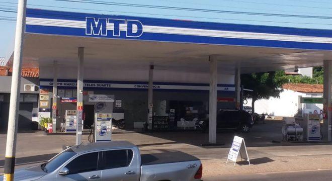 Ladrões abordam frentista em Juazeiro e roubam dinheiro de posto de combustíveis