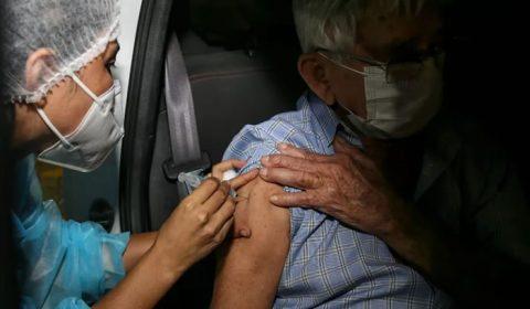 Ceará passa de 400 mil doses de vacinas contra a Covid-19 aplicadas