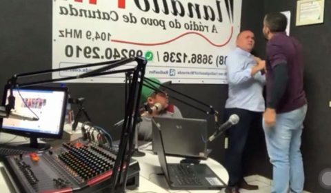 Vereador invade estúdio de rádio e agride advogado que participava de programa ao vivo