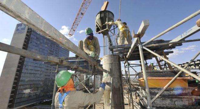 Ceará concentra 21,1% dos empregos na indústria do Nordeste, revela CNI