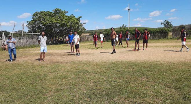 PM de Brejo Santo interrompe torneio de futebol que feria decretos