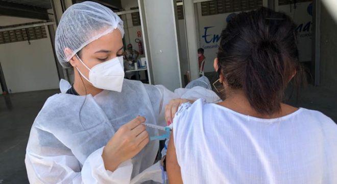 Prefeito do Crato comenta o início da vacinação da população em geral e quadro epidemiológico da cidade