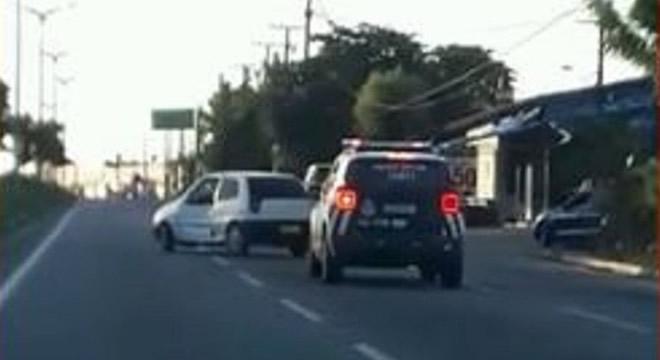 Motorista alcoolizado colide, trafega em zigue-zague e é detido pela polícia no Ceará