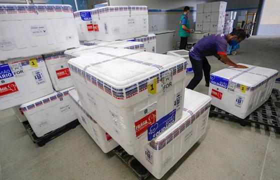 Ceará recebe mais 151 mil doses de vacinas contra a Covid-19 nesta quarta