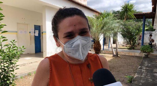 Coordenadora de Juazeiro do Norte pede paciência e reforça necessidade do agendamento da vacinação