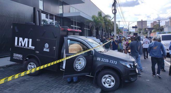 Homem mata ex-mulher a tiros e comete suicídio na Zona Leste de Teresina