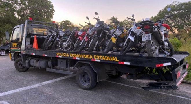 Operação contra 'racha' apreende 12 motocicletas e recolhe três CNHs em Fortaleza
