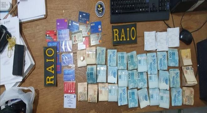 Raio apreende 31,5 mil reais e comprovantes de saques do Auxílio Emergencial em Icó