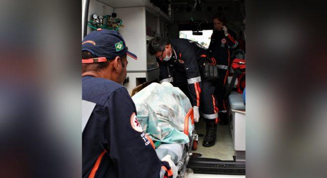 Carro capota em Juazeiro deixando uma garota de 20 anos morta e três feridos
