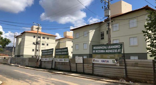 Secretária de Juazeiro do Norte comenta entrega das chaves do programa Casa Verde e Amarela