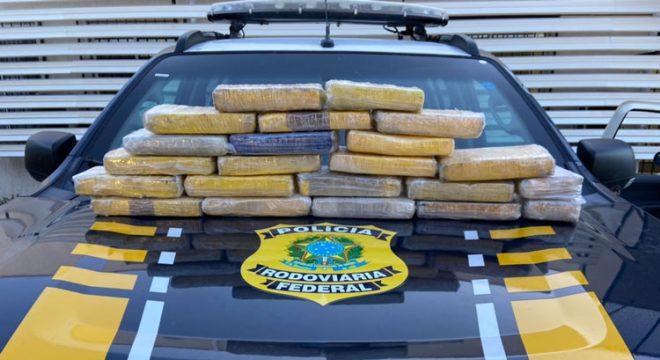Apreendido no Cariri quase R$ 1 milhão em cocaína pela PRF em Campos Sales