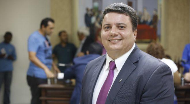 Vereador de Juazeiro do Norte, Capitão Vieira, é diagnosticado e hospitalizado com Covid-19