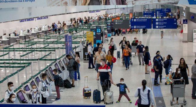Funcionários do aeroporto de Fortaleza são suspeitos de colocar droga em aviões