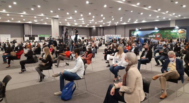 Ceará terá 20 eventos testes com até 300 pessoas em ambiente aberto