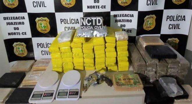"""Polícia Civil """"estoura"""" depósito de drogas em Juazeiro com muita maconha, cocaína e crack"""