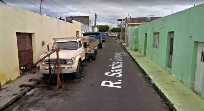 Mais um morador de rua morto em Juazeiro com seis facadas novamente no Santa Tereza